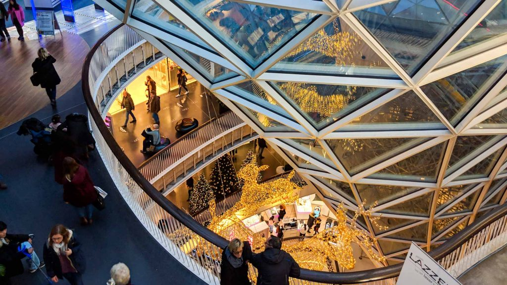 The shopping mall MyZeil in Christmas