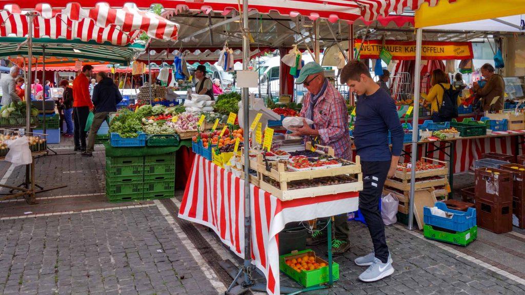 Farmers market at Konstablerwache, Frankfurt