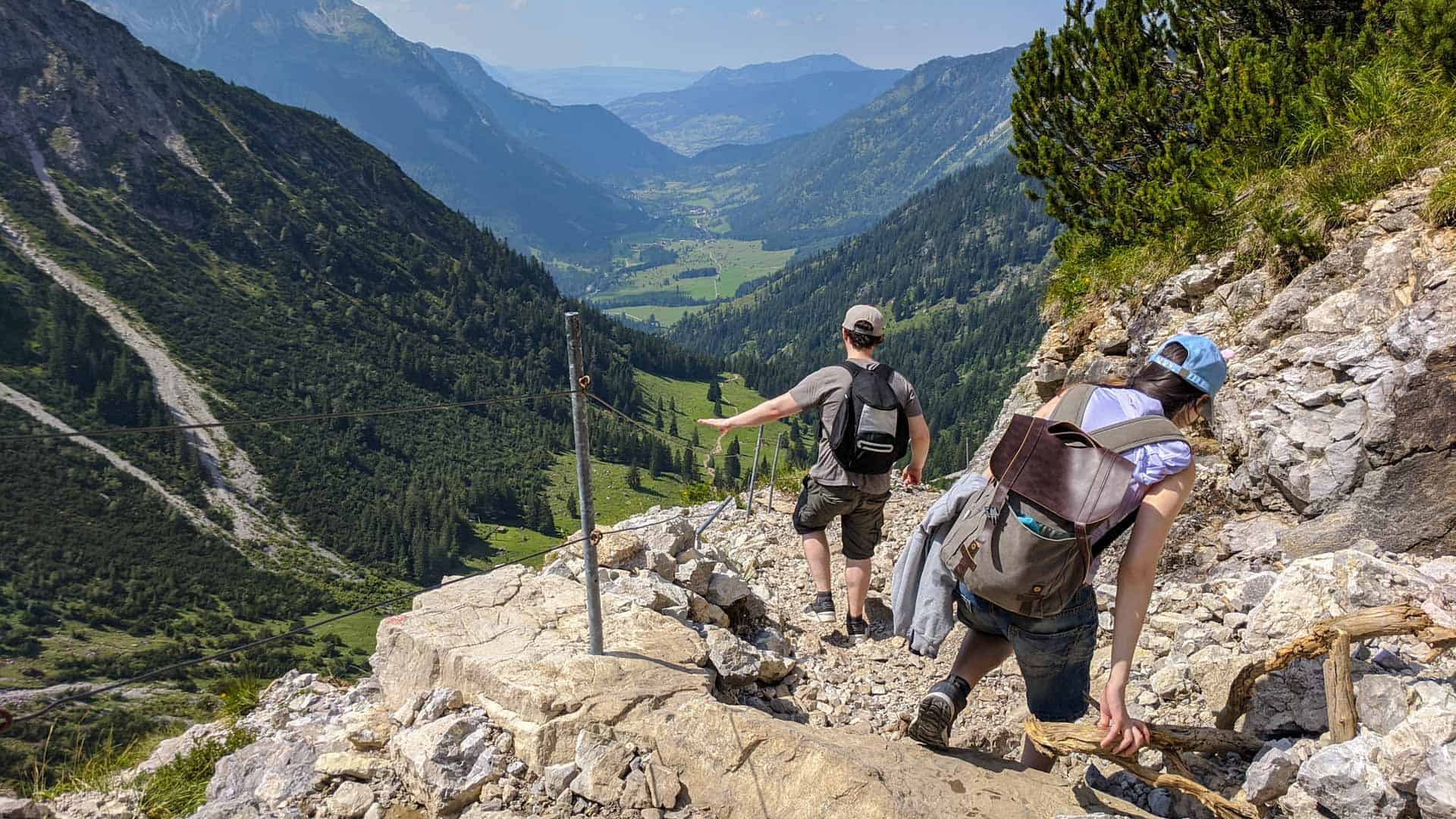 Going down from lake Schrecksee
