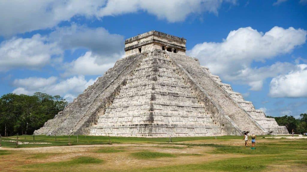 The pyramid at Chichen Itza