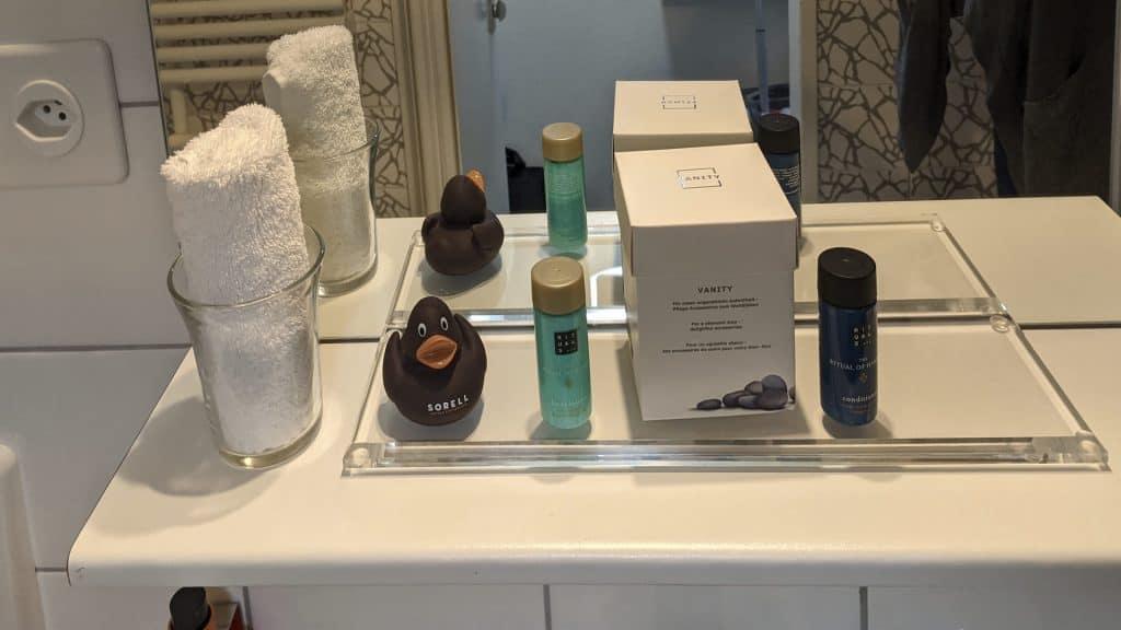 Amenities in the bathroom of the Sorell Hotel Merian